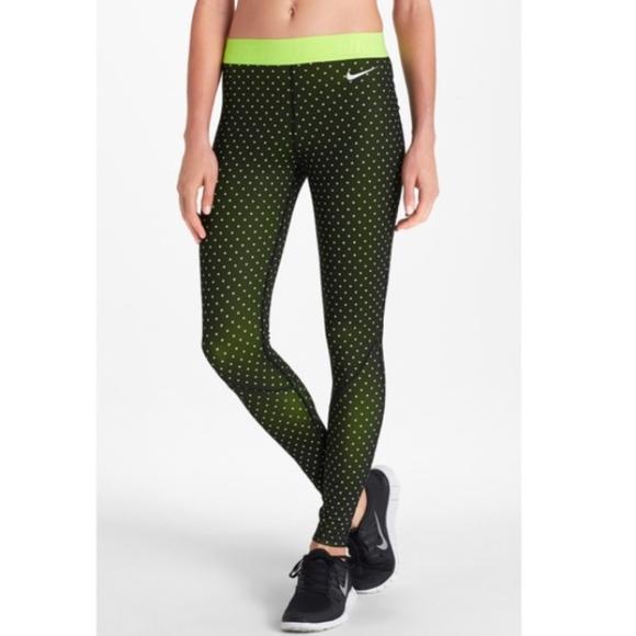 b2d430e18b65 Nike Pro dri-Fit fleece lined running tights small